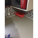 Самозалепваща водозащитна pvc лента за фуги в банята като мивки, вани, моноблок, запълнете фугите на и процепите между различни, кухнески плотове и мивки, плочки и стена и други повъхности, освежете вашият дом бързо и лесно с тази силиконова лента
