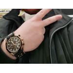 Мъжки спортен часовник хронограф с масивен цифеблат и силиконова каишка с орнаменти в розово злато.