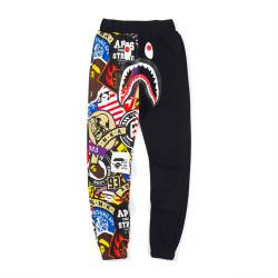 Мъжко долнище BAPE тип анцуг, панталони с цветен принт, много ефектен 50% цветен принт на крачола и 50% чисто черно
