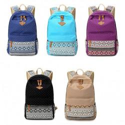 Качествена раница за училище или ежедневието подходяща за тинеджъри, деца и момичета, с цветен геометричен принт и стилен дизайн