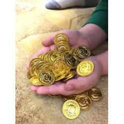 Пиратско съкровище златно съкровище 95 монети изработени от позлатена пластмаса без остри ръбове чудесни за игра на пирати