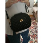 Стилна дамска чанта с компактен размер и декоративен дизайн на квадратчета, с 3 отделения и избор от 3 цвята