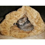 Мека и уютна хралупка, зимна къщичка за котка или малко куче, пухкава и много топла за зимните месеци, легло възглавничка за домшаен любимец с избор от 5 цвята