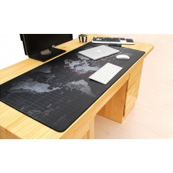 Голяма мека подложка за мишка и клавиатура с гумиран гръб против хлъзгане и принт на картата на света в 3 различни размера