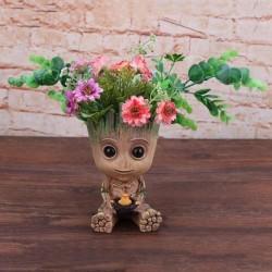 Симпатична саксия ваза във формата на дървено човече бебе Грууд, засадете нещо и то ще порасне като коса на човечето,