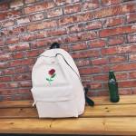Раница от висококачествен плат и бродерия на роза за тийнейджъри. Подходяща за училище и пътувания.