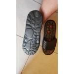 Гумени масажни чехли с 82 броя акупунктурни шипове за релаксиране и тай чи масаж докато стъпвате